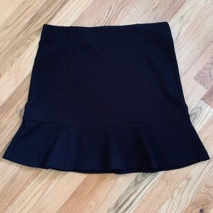 LOFT OUTLET Quilted Black Skirt Size MP EUC!!